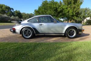 Porsche : 911 930 Turbo Photo