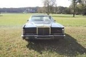 Lincoln : Town Car Presidential
