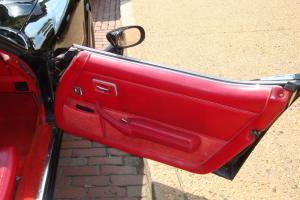 Chevrolet : Corvette 2 door t-top