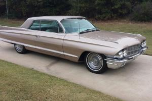 Cadillac : Other COUPE