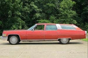 Cadillac : Other Castilian Fleetwood Brougham 4-Door Station Wagon
