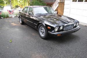 Jaguar : XJ6 Base Sedan 4-Door