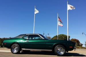 Ford : Mustang 2 dr Coupe Hardtop