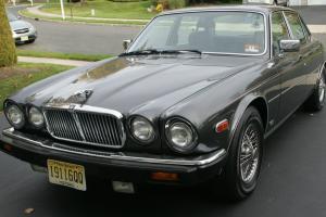 Jaguar : XJ6 4DR Sedan