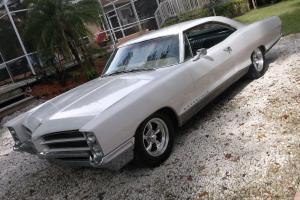 Pontiac : Bonneville Mostly Original