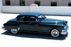 Chrysler : Imperial 4-Door Sedan