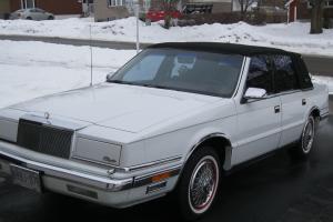 Chrysler : New Yorker Landau Sedan 4-Door