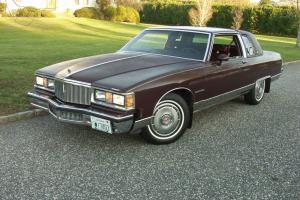 Pontiac : Bonneville Base Coupe 2-Door