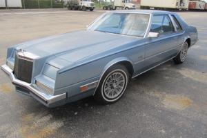 Chrysler : Imperial Coupe 2-Door