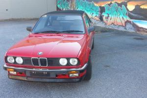 BMW 325E Bauer Cabrolet Classic CAR Good Condition in Pasadena, SA