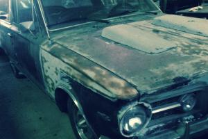 Plymouth : Barracuda Commando V8