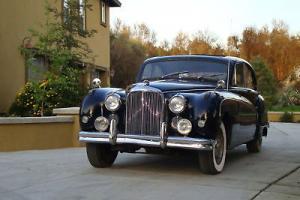 Jaguar : Other luxury sedan