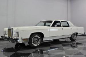 Lincoln : Town Car