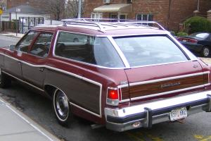 Pontiac : Catalina Safari Woody Wagon