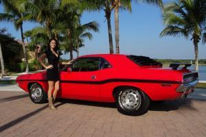 Dodge : Challenger R/T CLONE