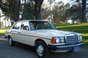 Mercedes-Benz : 300-Series 300D