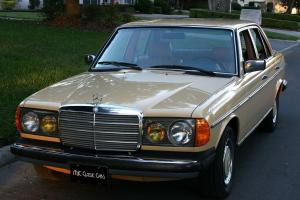 Mercedes-Benz : 200-Series 240D - TWO OWNER - ORIGINAL