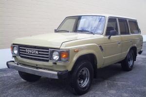 Toyota : Land Cruiser Base Photo