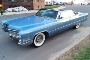 Cadillac : DeVille Convertible DeVille
