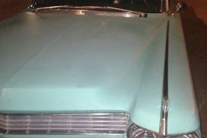 Cadillac : DeVille none