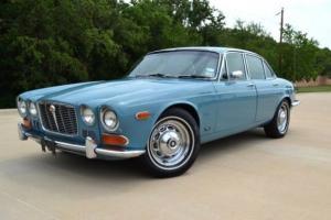 Jaguar : XJ6 Saloon