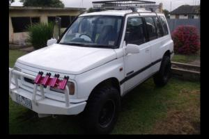 Suzuki Vitara JX 4x4 1993 4D Wagon 5 SP Manual 4x4 1 6L Multi Point