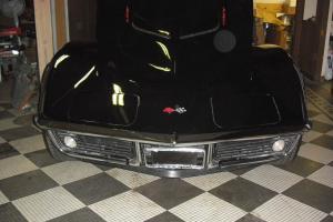 Chevrolet : Corvette Coupe convertible 2 door