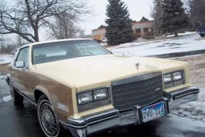 Cadillac : Eldorado Tan