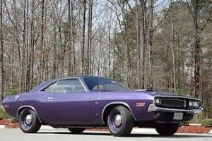 Dodge : Challenger RT Hemi