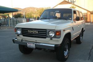Toyota : Land Cruiser FJ 60