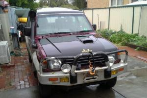 Mitsubishi Pajero GLS LWB 4x4 1995 4D Wagon 5 SP Manual 4x4 2 8L in Clayton South, VIC