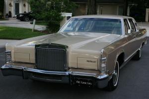 Lincoln : Town Car WILLIAMSBURG SPECIAL EDITION - 67K MI