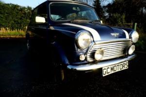 2001 Rover Mini Cooper Classic in Tahiti Blue