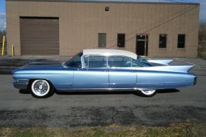 Cadillac : Other Fleetwood