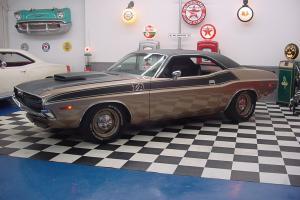 Dodge : Challenger T/A