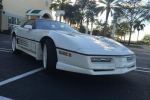 Chevrolet : Corvette 35TH ANNIVERSARY
