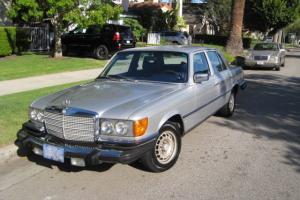 Mercedes-Benz : 300-Series 300SD