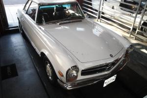 Mercedes-Benz : SL-Class White