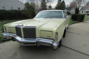 Chrysler : New Yorker Brougham Hardtop 4-Door