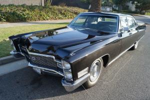 Cadillac : Fleetwood FLEETWOOD SIXTY SPECIAL 4 DOOR SEDAN