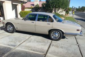 Jaguar : XJ6 1971