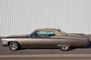 Cadillac : DeVille Base Convertible 2-Door