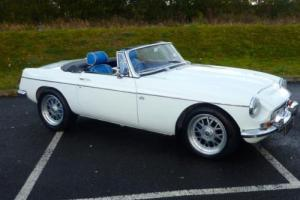 MGB V8 4.6 1968 COVERED ONLY 2K SINCE BUILD WITH HARD & SOFT TOP - STUNNING CAR