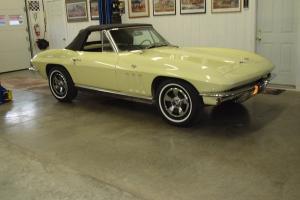 Chevrolet : Corvette Convertible