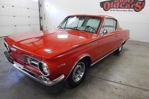 Plymouth : Barracuda Runs Drives 273V8 4 Speed Excel Condition