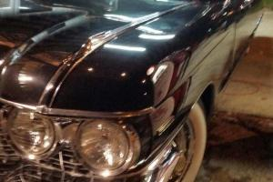 Cadillac : Other base 2 door convertible