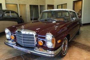 Mercedes-Benz : 200-Series