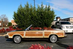 Chrysler : LeBaron Town & County Mark Cross Edition Convertible