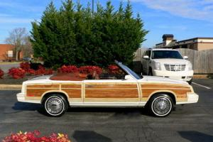 Chrysler : LeBaron Town & Country Mark Cross Edition Convertible