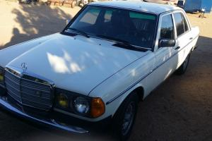 Mercedes-Benz : 300-Series 300